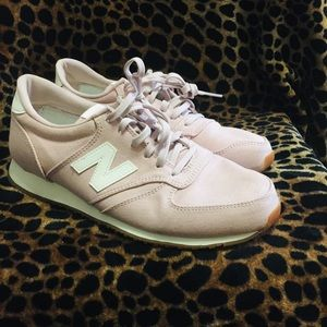 Super cute Pink New Balance Sneakers
